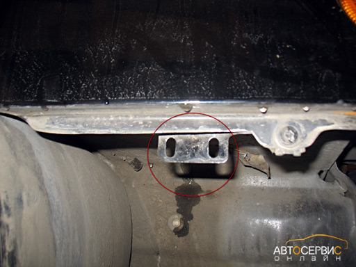 Регулировка зазора между бампером и крылом